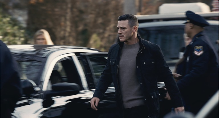 Luke Evans as the volatile Scott Hipwell in 'The Girl On The Train'