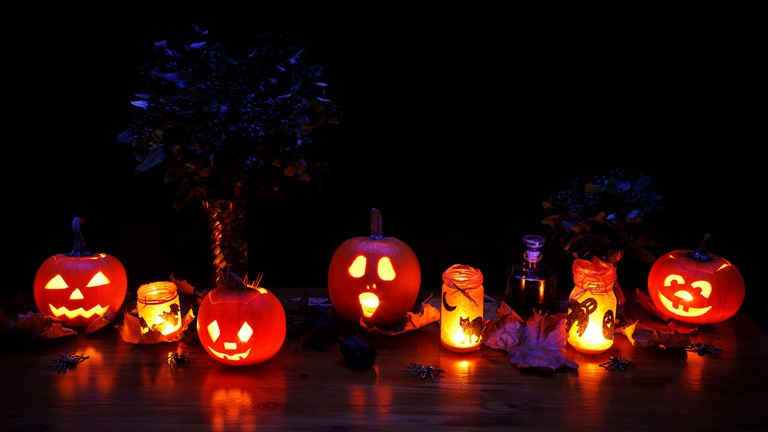 Halloween Decorations | © Public Domain Pictures