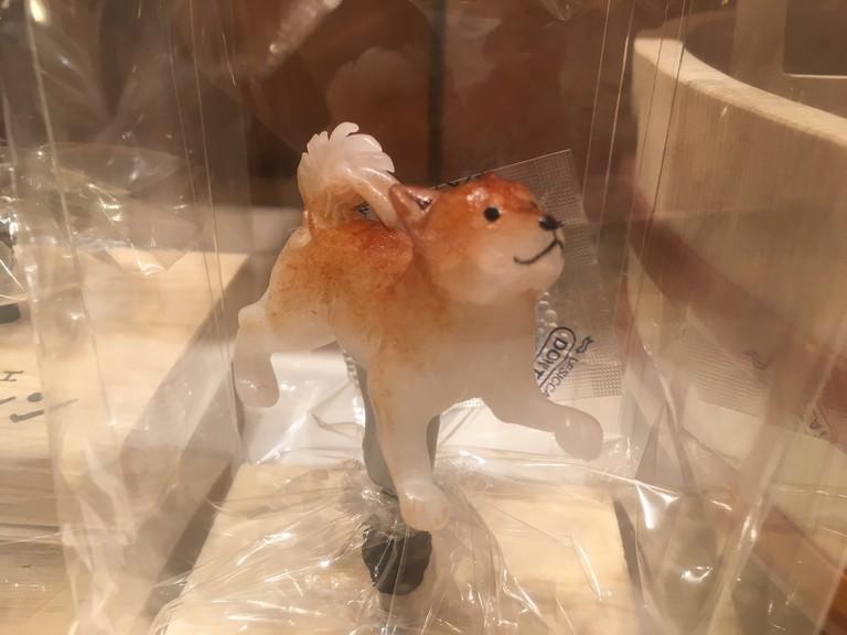 A friendly dog amezaiku sugar sculpture | © Alicia Joy