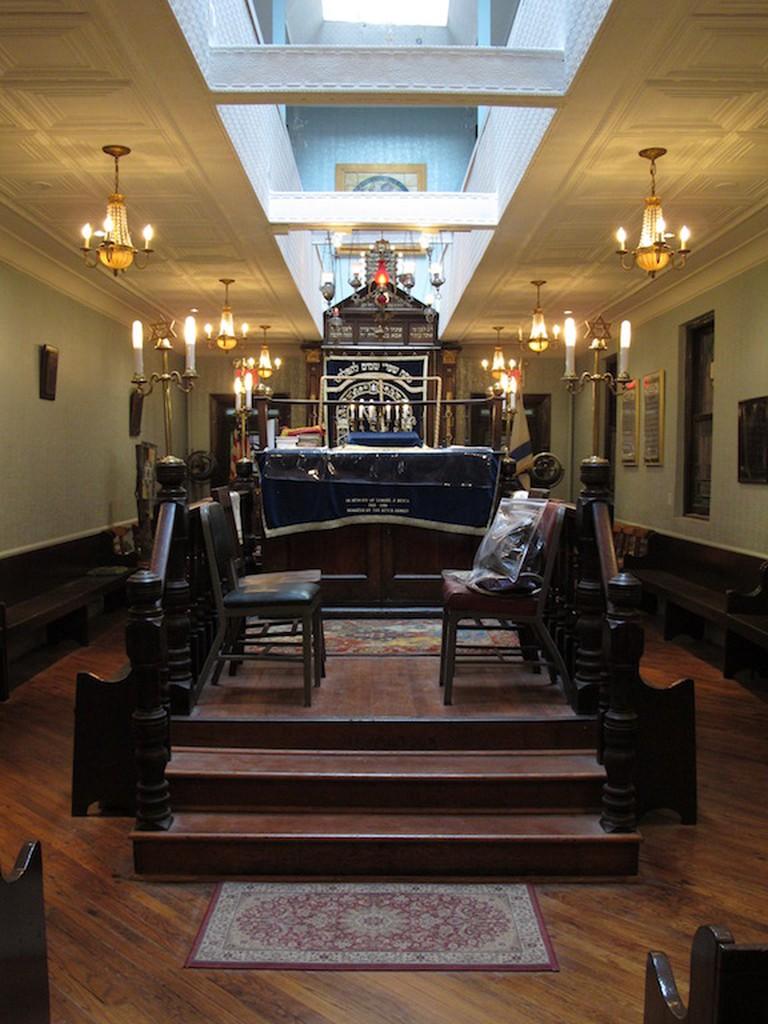 Inside the Kehila Kedosha Janina Synagogue and Museum | © Kehila Kedosha Janina Synagogue and Museum