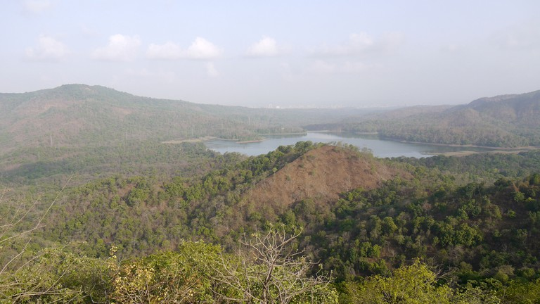 Tulsi Lake, Sanjay Gandhi National Park, Mumbai | © Dinesh Valke /Flickr