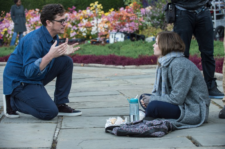 Tate Taylor directs Emily Blunt in 'The Girl on the Train'
