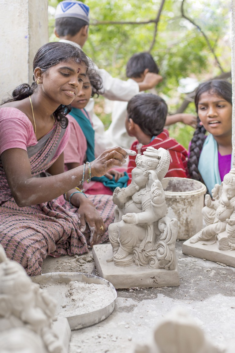 Statues being made in Anantapur © vdhya / Shutterstock.com