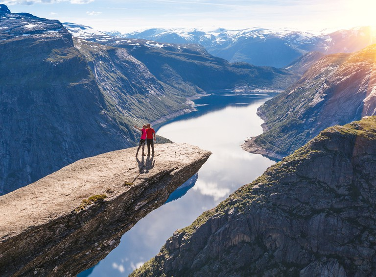 26 Jaw Dropping Pictures Of Trolltunga Norway S Legendary