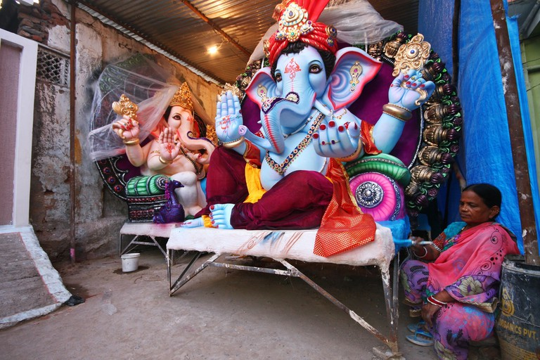 Ganesh statues, ready for transportation in Hyderabad © silentwings / Shutterstock.com
