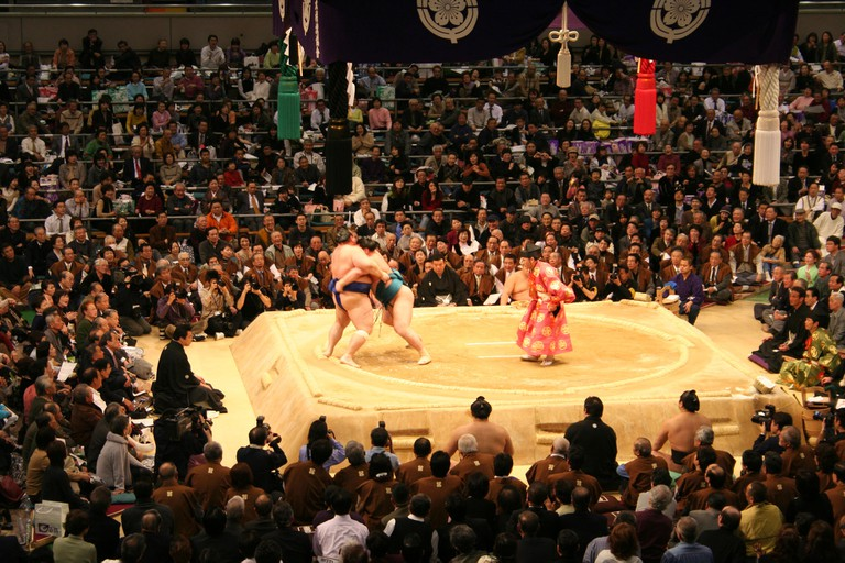 A professional sumo tournament match in Osaka | © BradBeattie/WikiCommons
