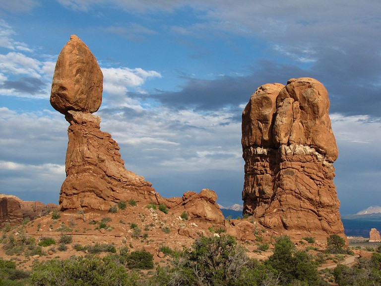 Balanced Rock at Arches National Park | © Cap'n Refsmmat/Wikicommons