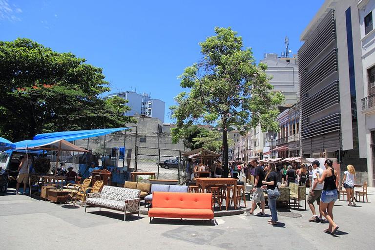 Furniture at Feira Rio Antigo |© Halley Pacheco de Oliveira/WikiCommons