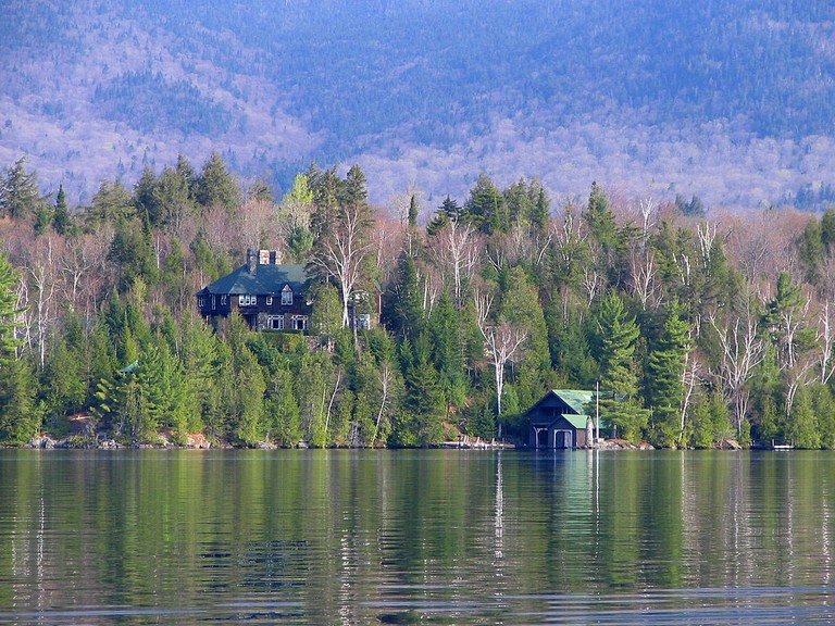 House on Lake Placid | © Wikipedia Commons