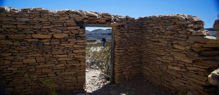 Abandoned Building Telingua, TX © Susan Adams/Flickr