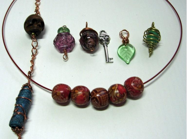 Various jewellery bits  © Mel/Flickr