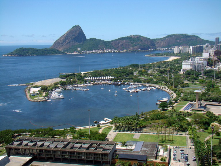 The view across all of Flamengo beach |© Rodrigo Soldon/Flickr