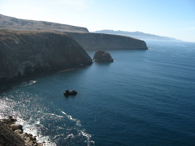 Cavern Point, Santa Cruz Island, Channel Islands National Park, California | © Ken Lund/Flickr