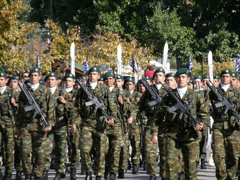 Military parade on Ohi Day in Komotini | @ Joanna/Flickr