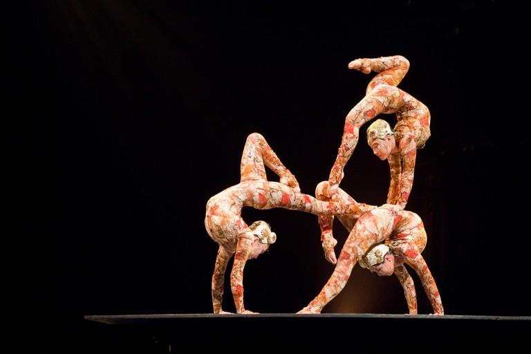 Cirque du Soleil acrobats | © Derek Key/Flickr