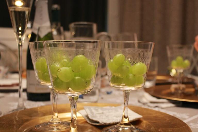 The 12 grapes | © Chris Oakley