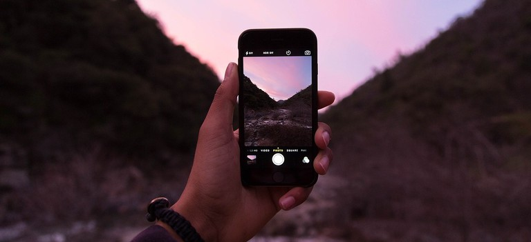Camera phone │© Unsplash