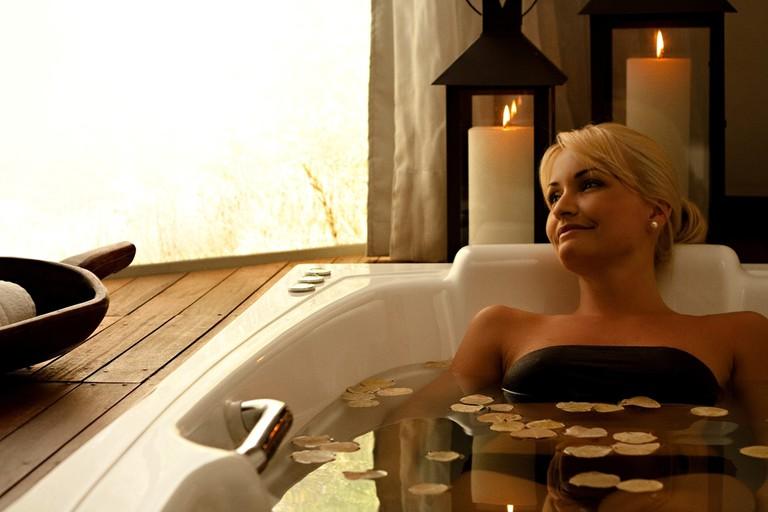 W Spa relaxing bath |© courtesy of W Spa