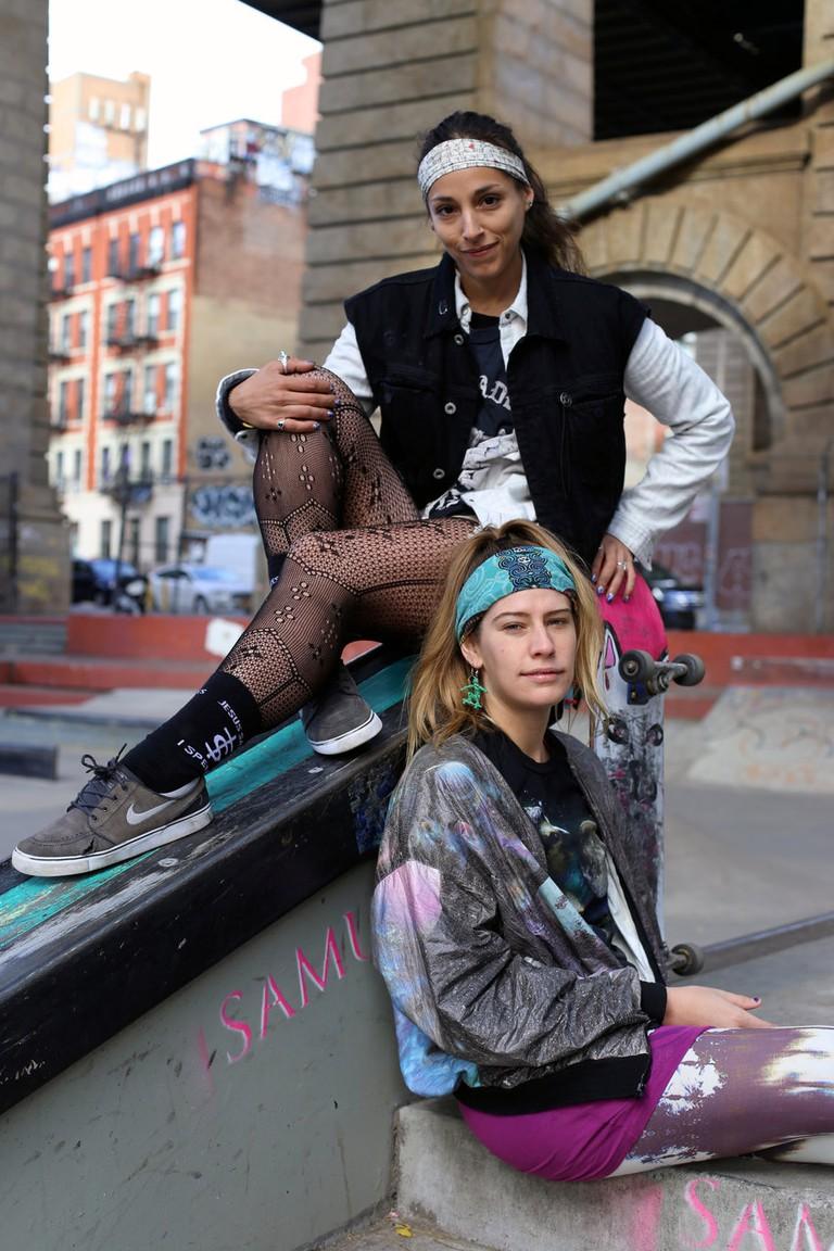 Victoria Paez and Jenny Herbing | © Kelsea Kolso