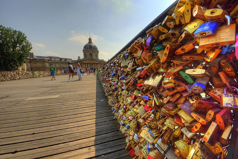 The Pont des Arts before the love locks were removed │