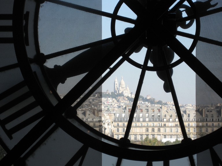 The view through the clock window at the Musée d'Orsay │