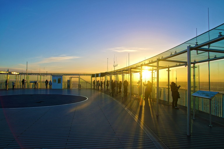 The viewing terrace at the Tour Montparnasse │