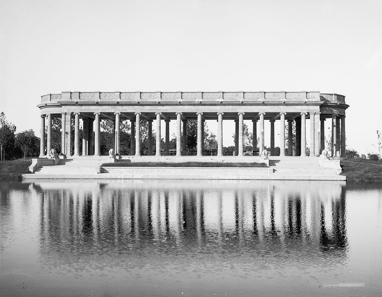 City Park Peristyle soon after its completion in 1907│© Detroit Publishing Company/WikiCommons