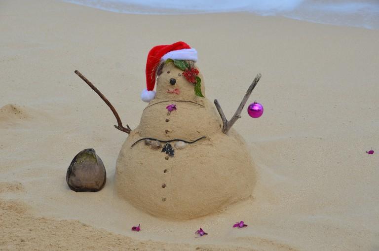 Beachsand Santa © Rob Bertholf/Flickr