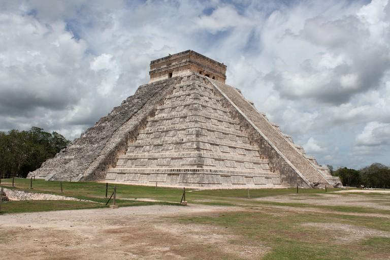 Chichen Itza, El Castillo | © Arian Zwegers/Flickr