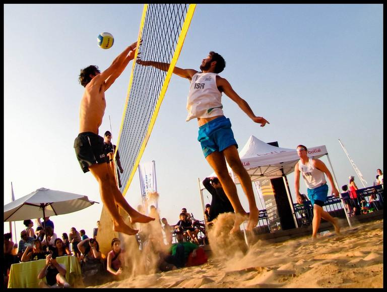 Beach Volleyball |© Flavio/Flickr