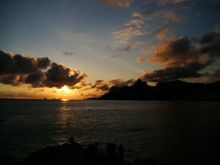 Sunset at Arpoador |© vana/Flickr