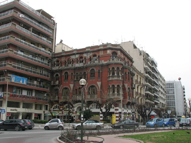 1920s building opposite the Agia Sofia