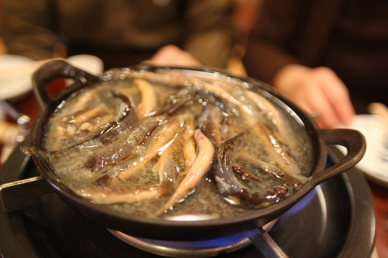 Nabe made with loach | © Ivva/Flickr