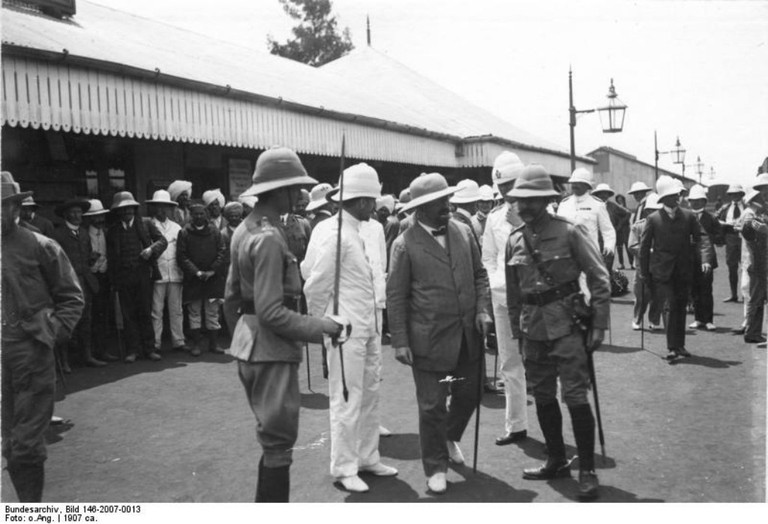 'German Colonial Secretary Bernhard Dernburg (2nd from right) on inspection tour in East Africa, shown on a courtesy visit with British officials at Nairobi in 1907'