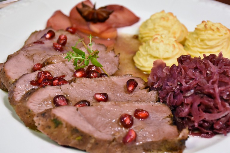 Goose breast with pomegranate │