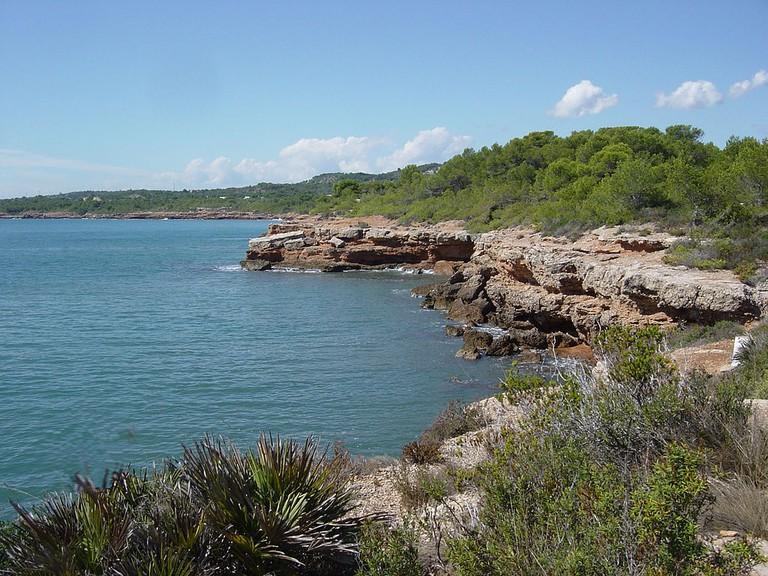 GR 92 Costa Brava https://commons.wikimedia.org/wiki/File:GranRecorregut-92.jpg
