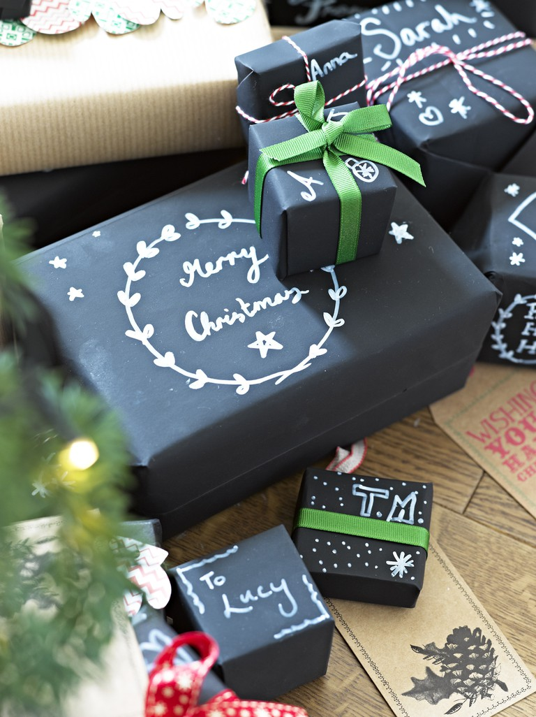 Talking Tables chalkboard gift wrapping set, £7.50