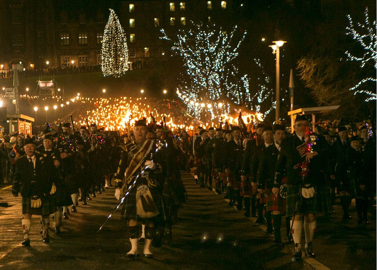 Pipers Lead The Torchlight Procession | © Lloyd Smith / Courtesy Of Edinburgh's Hogmanay
