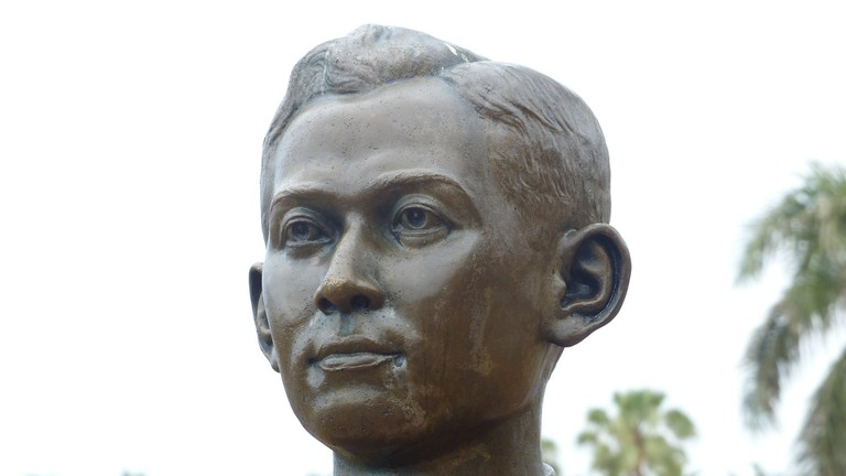 Statue of Ananda Mahidol