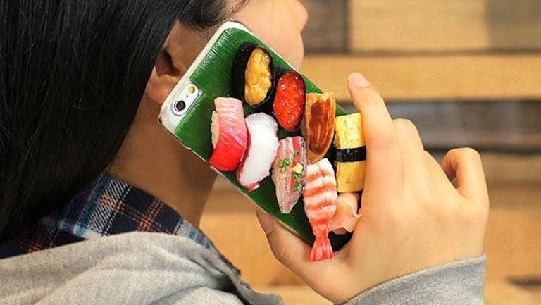 Sushi phone case | © Hamee