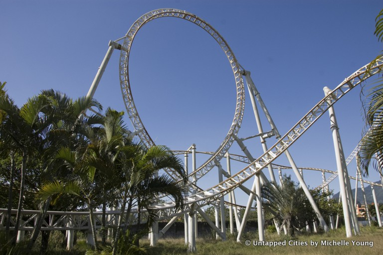 The park's main rollercoaster © Michelle Young/Untapped Cities