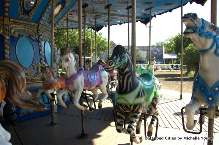 The abandoned carousel ||© Michelle Young/Untapped Cities