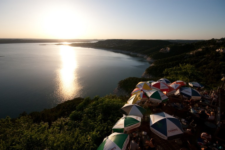 The Oasis at Lake Travis © Gary J. Wood/Flickr