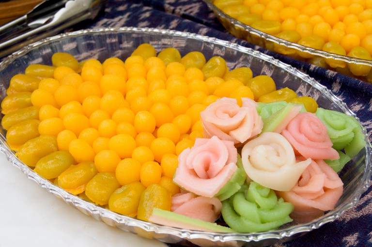 Eating These 7 Thai Desserts May Bring You Good Luck