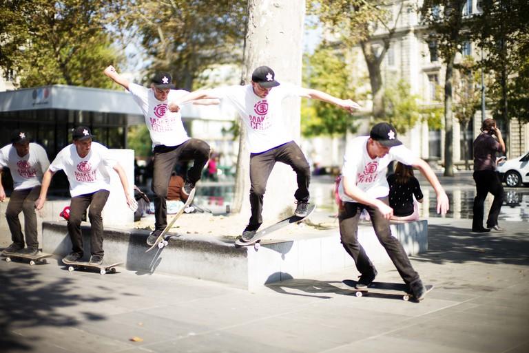 A skateboarder in the Marais │© Paolo Gamba