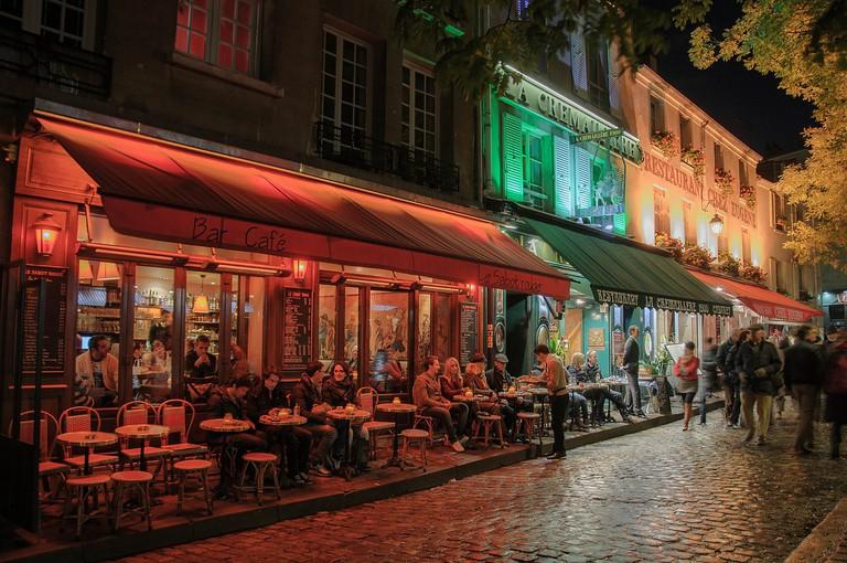 Cafés in Montmartre │© bogitw