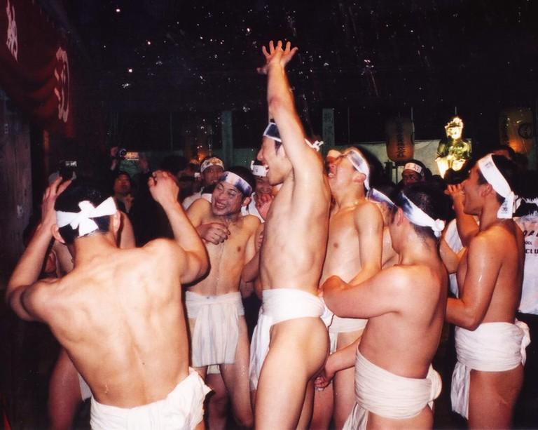 Naked Festival at Saidai-ji | © CES/WikiCommons