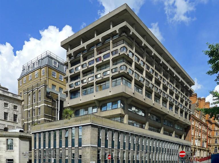 Macadam Building