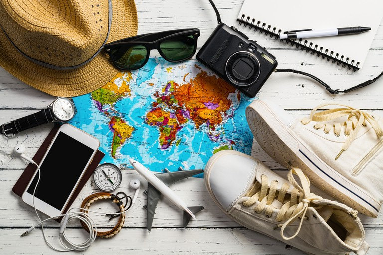 Travel accessories © I am Kulz/Shutterstock