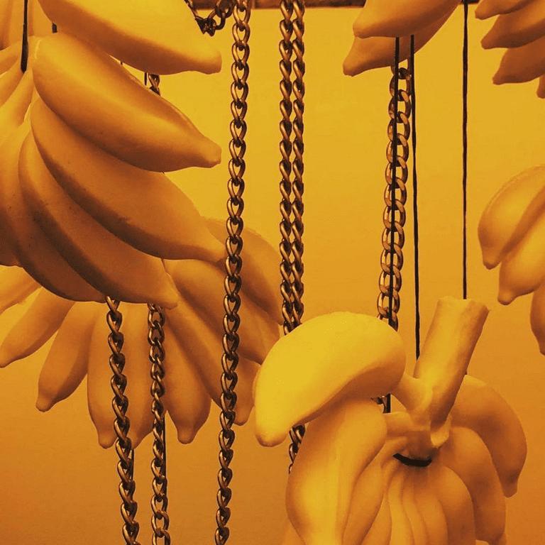 thoughtless-extravagance-golden-fabulouz-detail